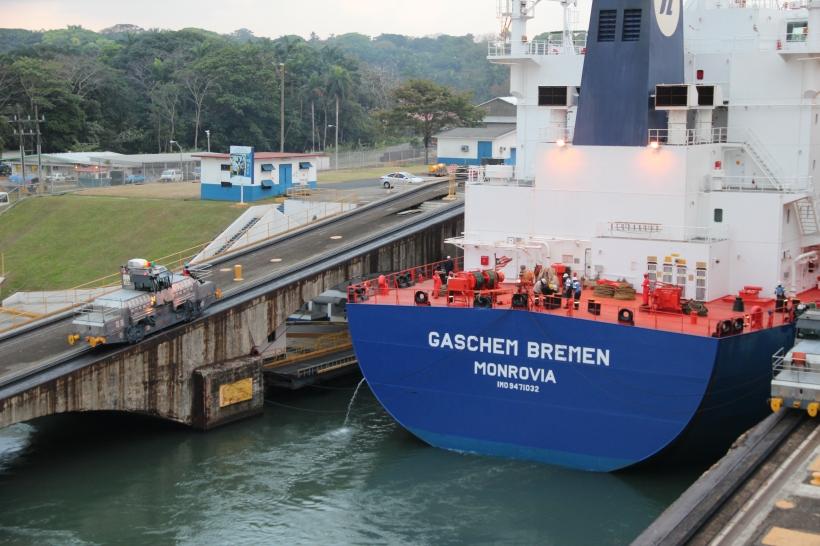 panama-canal-cruise-042