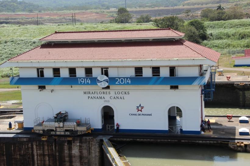 panama-canal-cruise-089